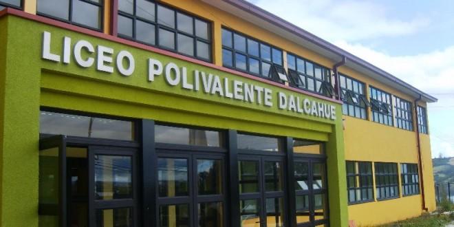 Se encuentran abiertas las postulaciones para becas Municipales en Dalcahue