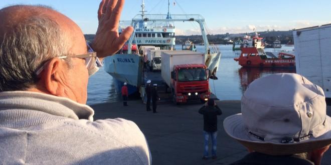 Municipio de Dalcahue gestionó traslado de alimentos vía marítima hacia la Comuna